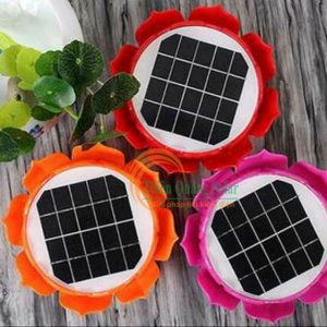Máy niệm phật hoa sen năng lượng mặt trời
